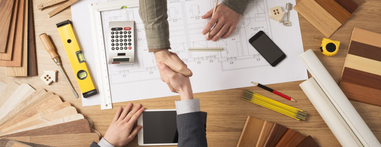 hiring a general contractor for building construction